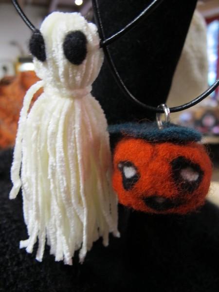 Création d'amulettes pour Halloween